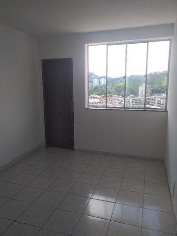 1 quarto - garagem - Fonseca - Niterói - RJ.