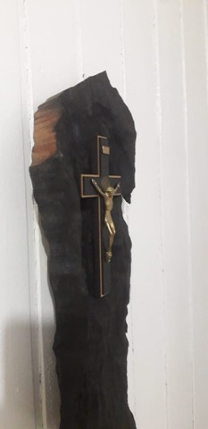 Crucifixo em Madeira Trabalhada - Foto 3