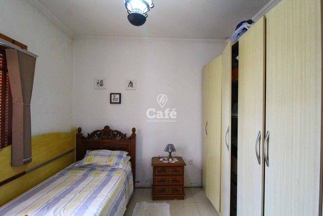 Casa à venda com 3 dormitórios 3 banheiros 2 vagas de garagem e amplo pátio. - Foto 11