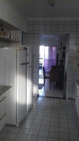 Vd excelente apto em B. Viagem com 120 m2, 3 quartos, duas suítes - Foto 8