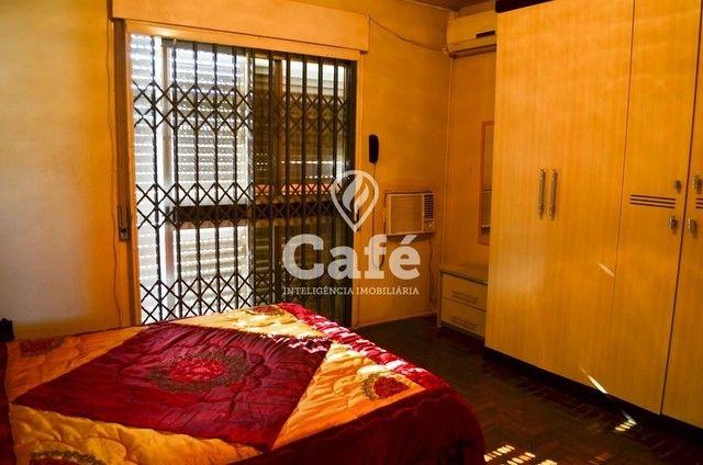 Ótima Casa com 4 dormitórios e Piscina. - Foto 11