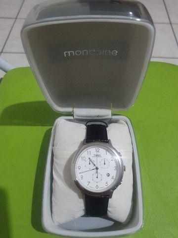 Relógio Timex com pulseira de couro de 35 mm <br><br> - Foto 3