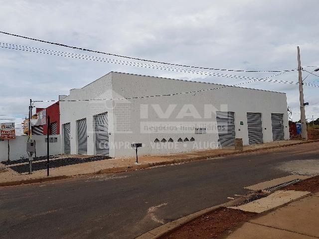 Loja comercial para alugar em Loteamento residencial pequis, Uberlândia cod:702565