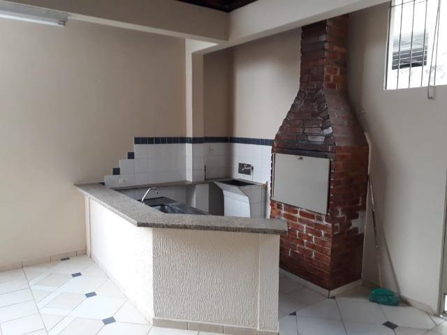 (R$600.000) Casa c/ Piscina, Terraço e Garagem Grande - Lote Inteiro no Bairro Vila Bretas - Foto 16