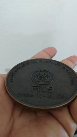 Medalhão Mundial de voleibol 1990 no Brasil