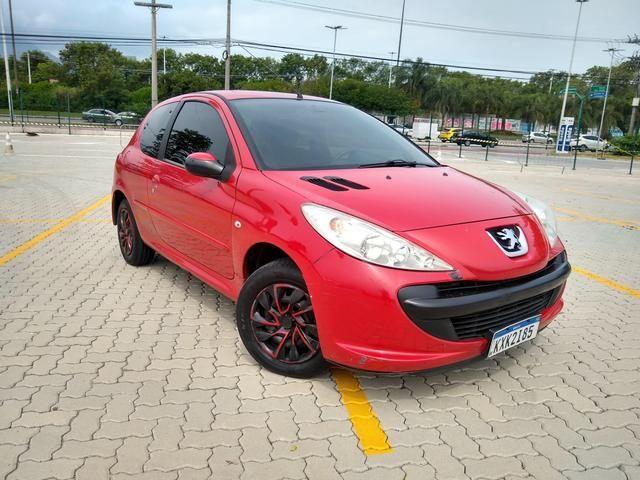 Peugeot 207 1.4( aceito moto como forma de pagamento )