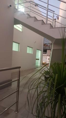 Alugo salas comerciais com ótima localização em Caruaru - com estacionamento - Foto 17