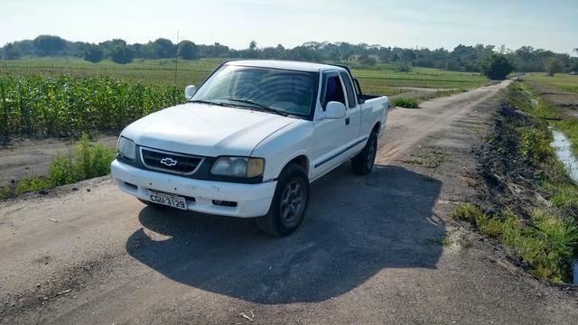 Vendo S10 1996 cabine extendida gasolina 2.2 - Foto 2