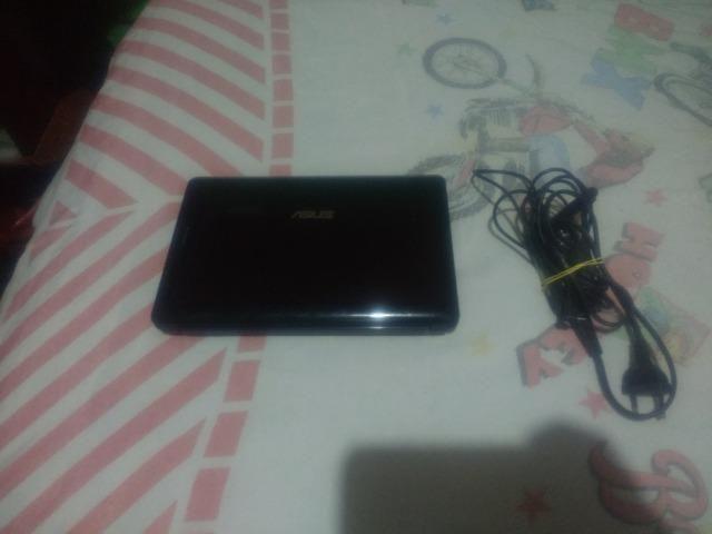Netbook da Asus com bateria boa 2gb de memoria e 160 de hd