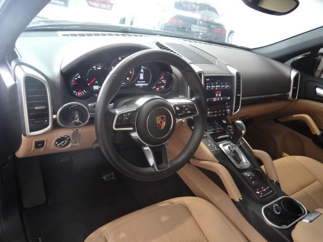 Porsche Cayenne - Foto 12
