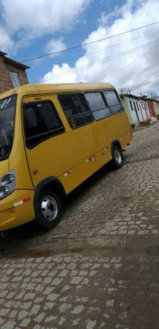 Vende se esse micro ônibus 2012 2013 - Foto 2