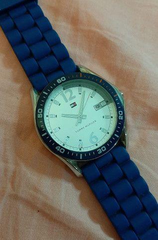 Relógio Tommy Hilfiger azul  - Foto 2