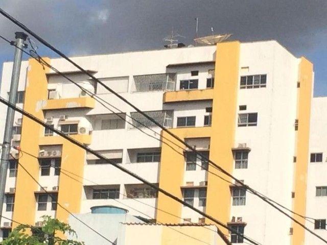 Apartamento com 3 quarto(s) no bairro Centro em Cuiabá - MT