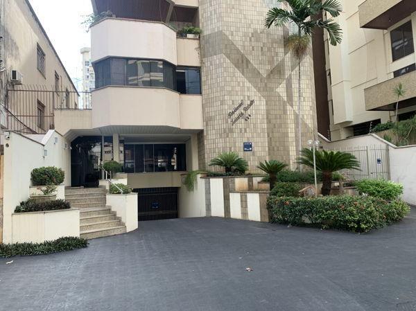 Apartamento com 4 quartos no Res. Leonidas Rabelo - Bairro Setor Oeste em Goiânia