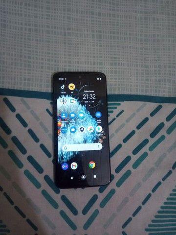 Motorola G7 plus sem marca de uso, com carregador .