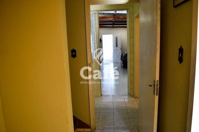 Ótima Casa com 4 dormitórios e Piscina. - Foto 20
