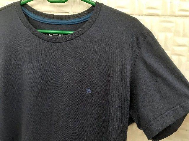 Camisetas básicas Azul e Preta - Tam P - Foto 4