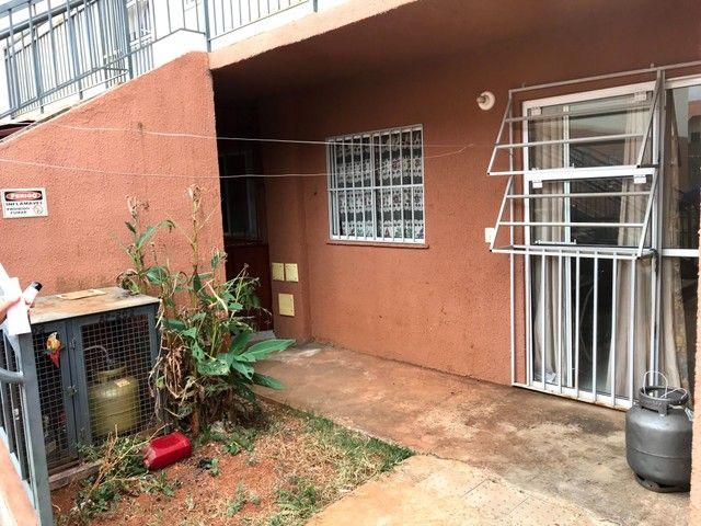 Apartamento para venda tem 90 metros quadrados com 2 quartos uma vaga - Foto 2
