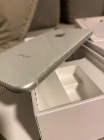 iPhone 8 64 gb semi-novo muito conservado - Foto 4