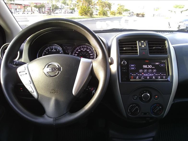 Nissan Versa 1.6 16vstart sv - Foto 13