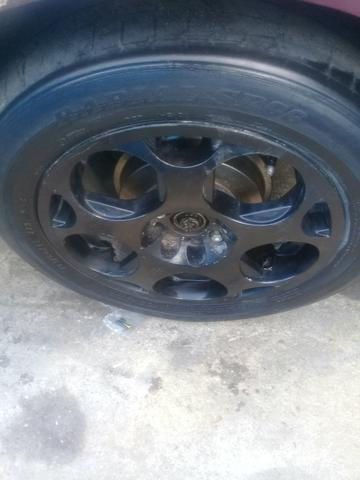 Jogo de aro 15 com 4 pneus