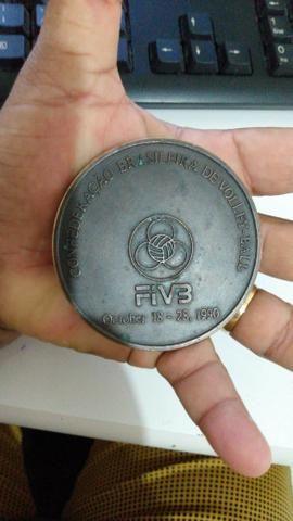 Medalhão Mundial de voleibol 1990 no Brasil - Foto 5