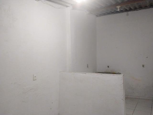 Aluga-se Uma casa no 27 de Novembro na UR02 Ibura - Foto 9