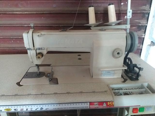 Maquinas de costura Reta é overlok ponto cadeia - Foto 2