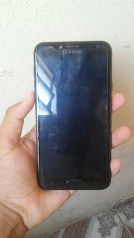 Celular Samsung Galaxy J4 no precinho