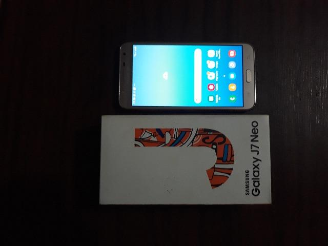 Samsung Galaxy J7 semi novo