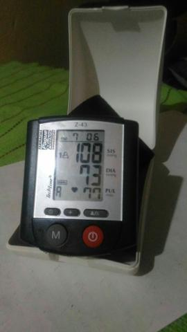 Para desapegar rápido medidor de pressão e batimento cardíaco apenas r$ 50 reais - Foto 2