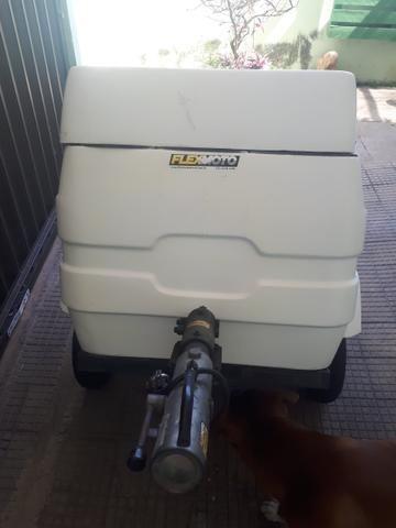 Reboque de fibra com freio R$3.550,00 - Foto 4