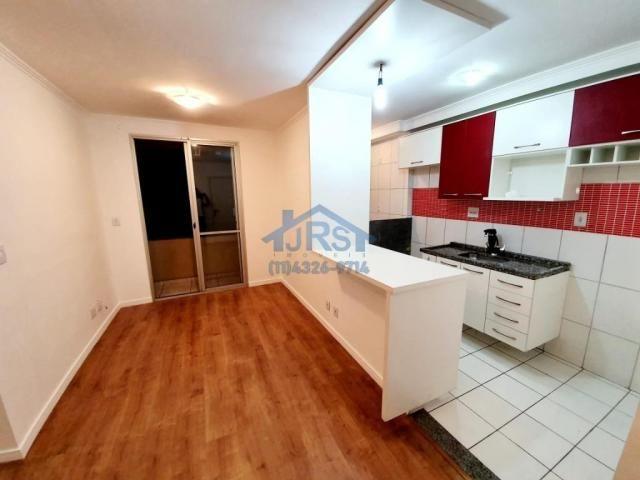 Apartamento com 2 dormitórios à venda, 49 m² por R$ 240.000,00 - Vila Mercês - Carapicuíba