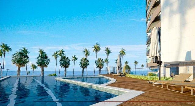 Apartamento 3 a 4 suítes Beira Mar