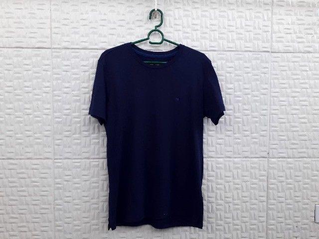 Camisetas básicas Azul e Preta - Tam P - Foto 5