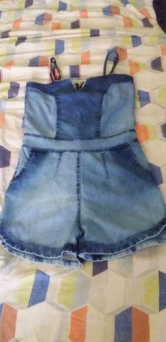Macaquinha jeans e um vestido P/M novos .