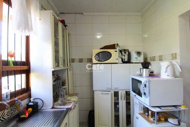 Casa à venda com 3 dormitórios 3 banheiros 2 vagas de garagem e amplo pátio. - Foto 7