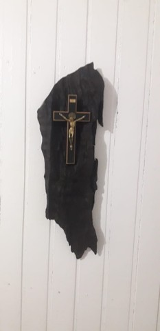 Crucifixo em Madeira Trabalhada - Foto 5