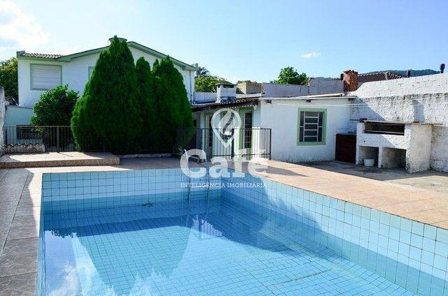Ótima Casa com 4 dormitórios e Piscina. - Foto 2