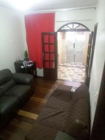 Casa Térrea 2/4, Fácil acesso a Ponto de Ônibus. Em Itapuã