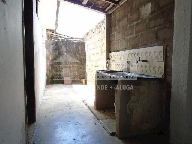 Casa para alugar com 2 dormitórios em Tibery, Uberlândia cod:594329 - Foto 17