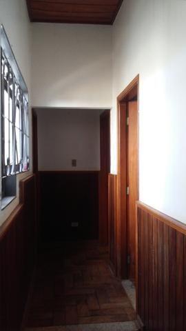 Bela casa - tem estrutura para sobrado - Foto 11