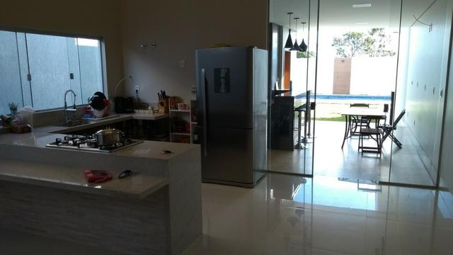 Samuel Pereira oferece: Casa 3 Suites Nova Moderna Pé Direito Duplo Piscina Churrasqueira - Foto 18