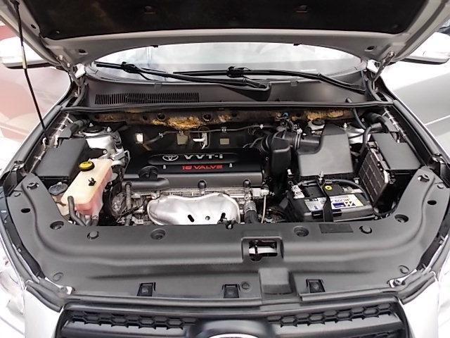 Toyota Rav4 - Foto 16