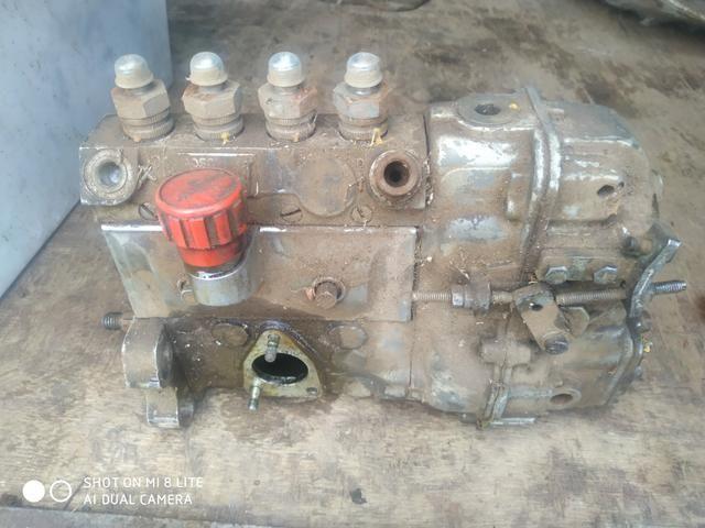 Peças de F1000 virabrequim caixa radiador bomba injetora grade e carcaça - Foto 6
