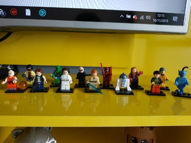 Vendo personagens tipo Lego (similar) - Foto 2