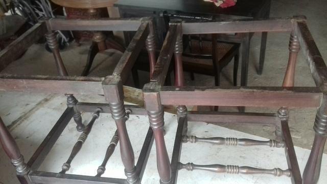 Vendo mesinhas antigas