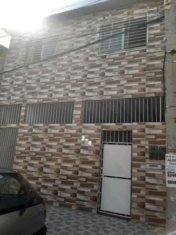 Otima casa em jardim Brasil 1 a 15 minutos do shopping Tacaruna com ônibus na porta - Foto 2