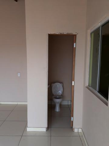 Casa nova, espaçosa com area de churrasqueira, 2quartos, 2 banheiros, lote de 400metros - Foto 6