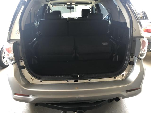 Vendo SW4 2014/2015 SRV 3.0 Diesel 4x4 - 7 lugares - Foto 5